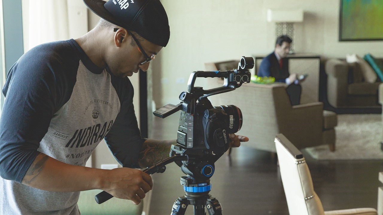 how to launch and manage a short film project on a budget